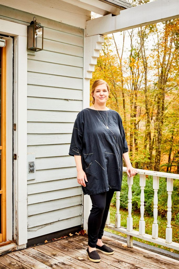 A New York Interior Designer Marries Midcentury Style and Tradition in Her Upstate Abode